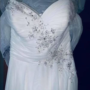Wedding dress and veil set